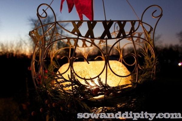 Hanging basket luminarie (1)