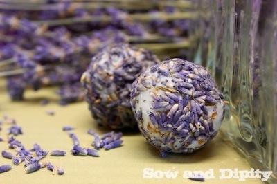 lavender and coconut oil bath melts