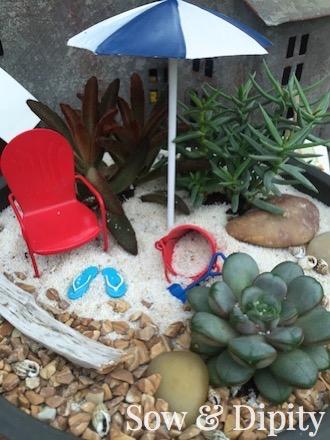 Beachy Succulent dish planter